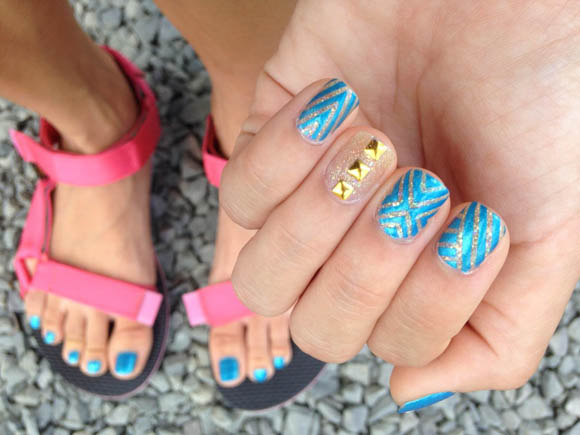 DIY Tribal Teva Blue Nail Art (+Giveaway!)