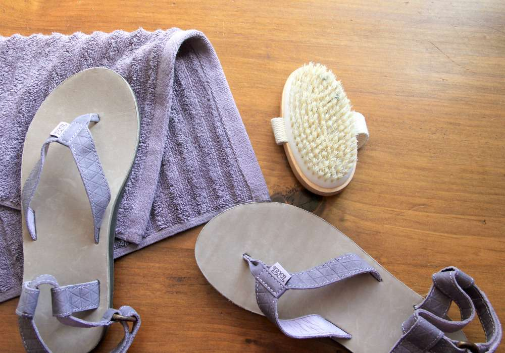 How to Clean Leather Teva Original Sandals