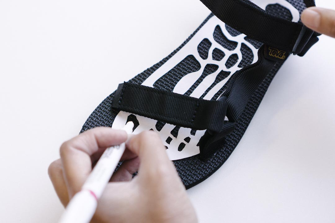 DIY Halloween Skeleton Sandals