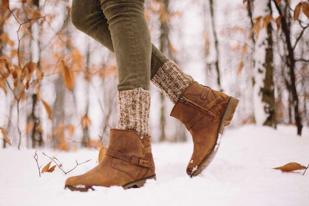 Kate Rentz enjoying a snow day in Ohio wearing Teva Women's De La Vina boots.