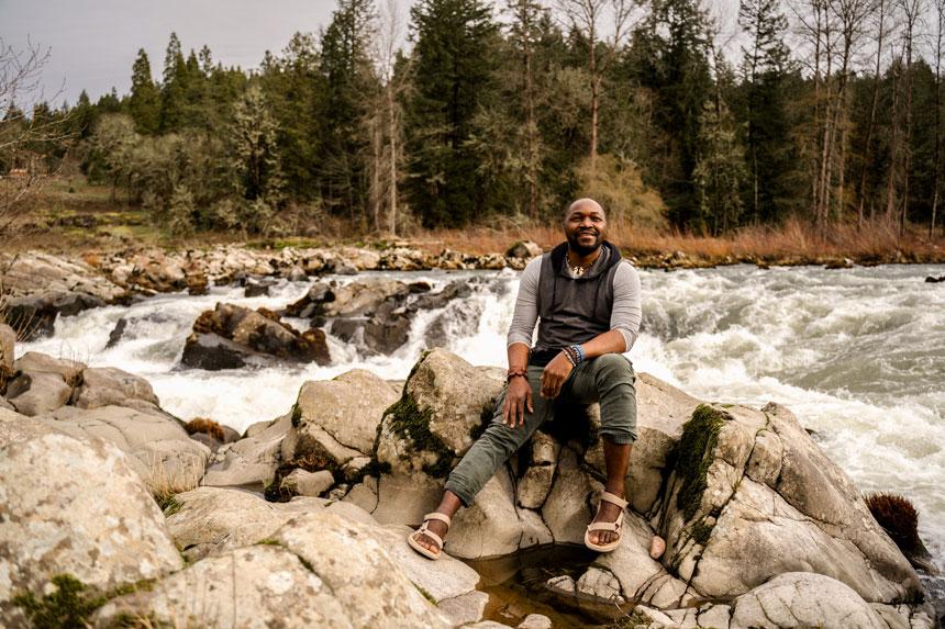 Blessed Ndlovu river guide