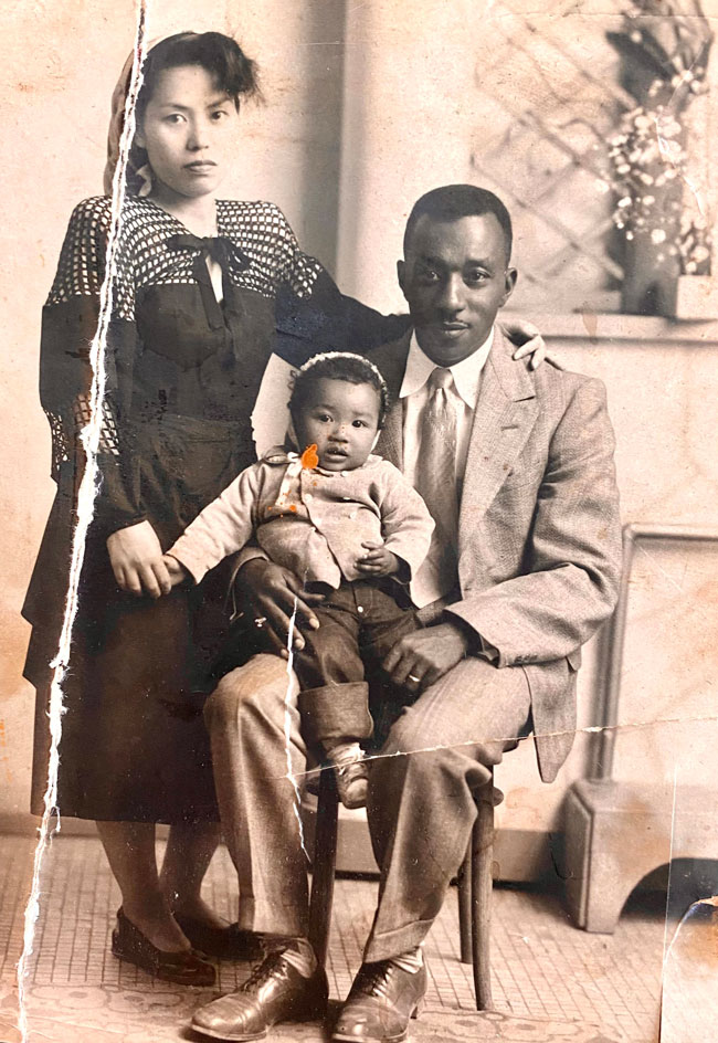 archive photo of Samantha's father, grandfather, and grandmother